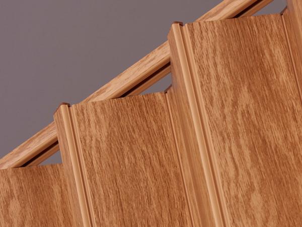 Royale Rustic Oak Track Detail