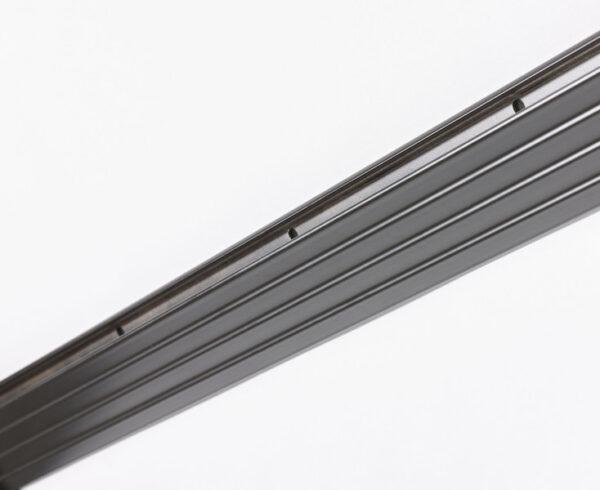 Glace Bracket - Iron Detail