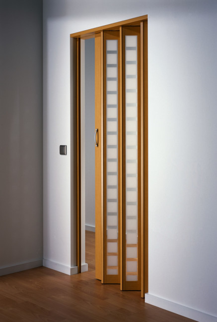 Metro Beech Frosted White Squares Door