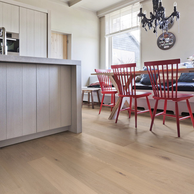 Calista White Wood Flooring With Natural Tones - Oak Rustic