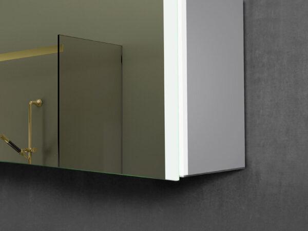 Vienna LED Mirror Detail