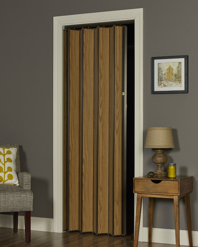 Woodshire Folding Door - Light Oak
