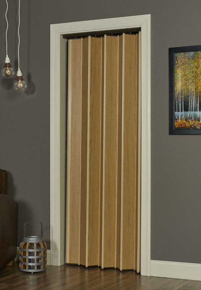 Woodshire Folding Door - Natural Oak